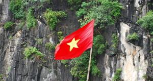 Flag_of_Vietnam_(1)